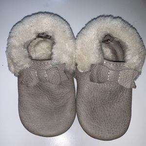 Freshly picked Sherpa mini sole moccs